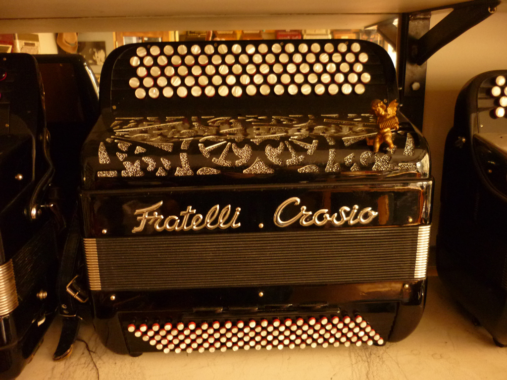 Accordeon Fratelli Crosio trois voix piccolo basses convertisseur