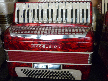 Accordeon Excelsior trois voix piano modele lady size