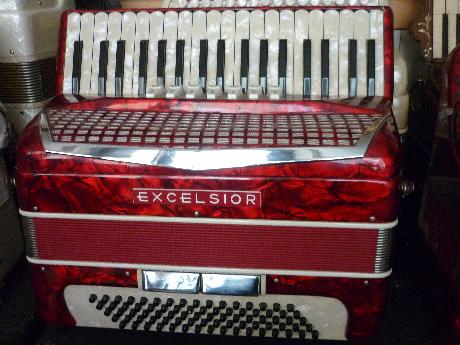 Accordeon Excelsior trois voix piano modele lady size