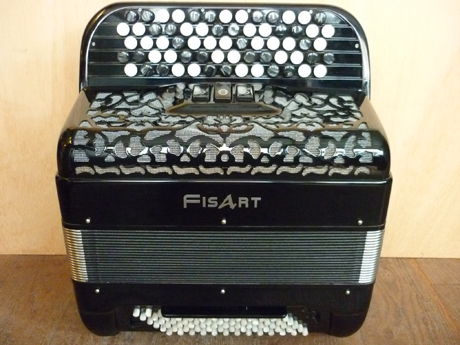 Accordeon-Fisart-Imagine-convertisseur Accord Deléon vous propose cet accordéon d'occasion de marque Fisart dont la qualité éprouvée fait office de référence