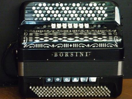 Accordeon Borsini concerto convertisseur. Les établissements Borsini nous confrontent à la qualité exemplaire de ses productions.
